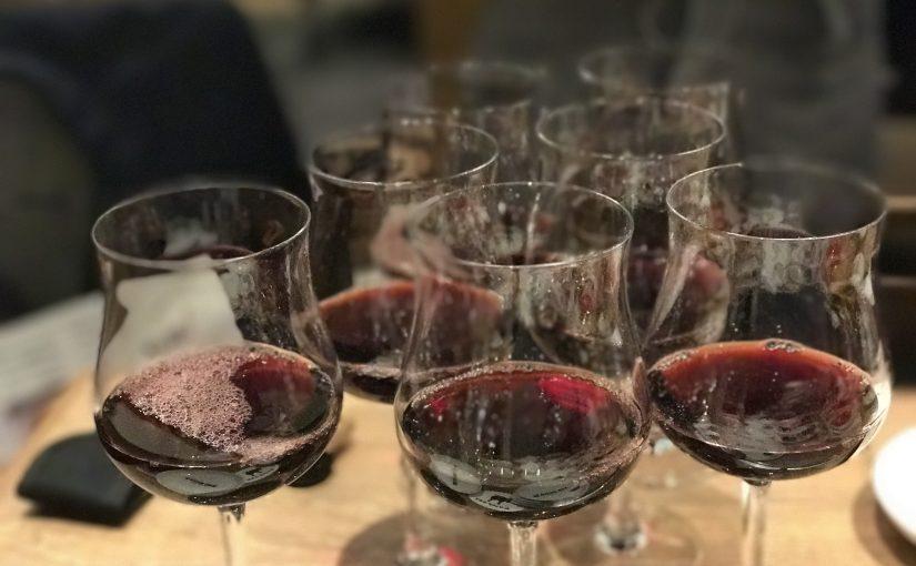 お高い年代物ワインが良いと思ってたら大間違いよ #オジ旅PR #ランプキャップ田町店