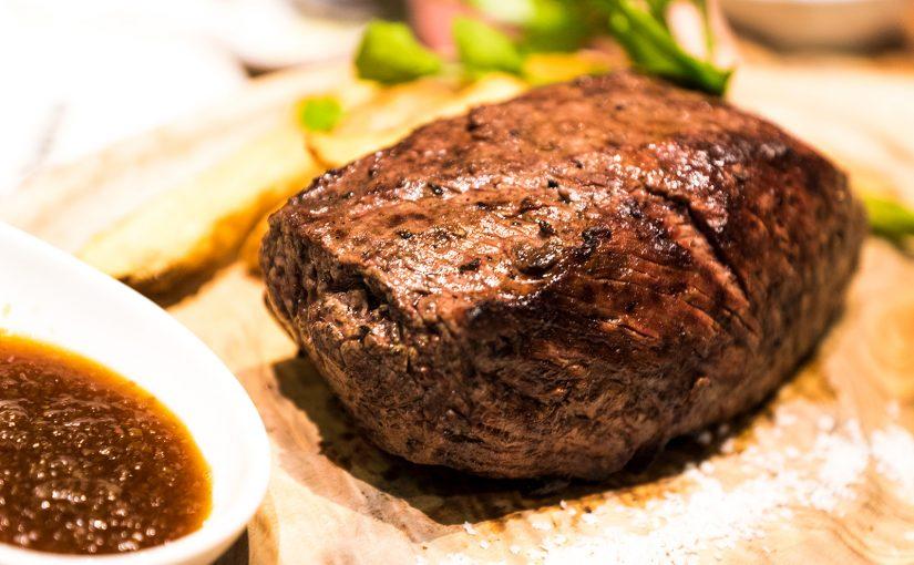 肉のハシゴができる新宿名店横丁 #新宿名店横丁 #ハシゴ肉 #オジ旅PR