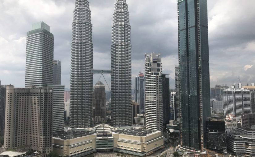 クアラルンプールの象徴、ペトラナスツインタワーを撮影するならここ! #オジ旅PR #新日本焼肉党 #マレーシア