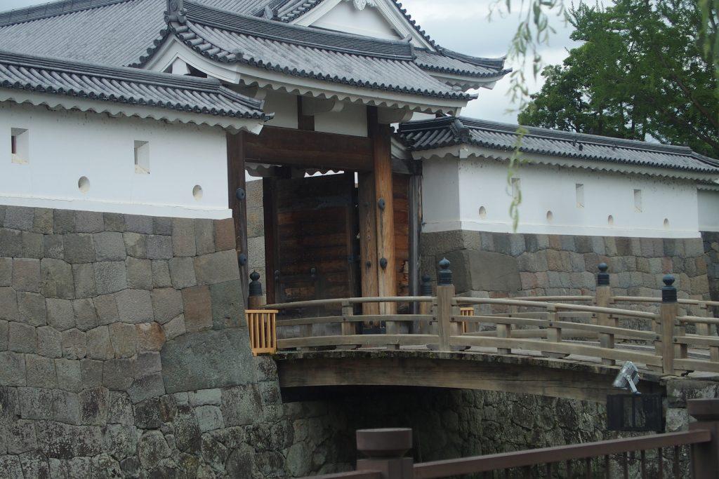 駿府城東御門